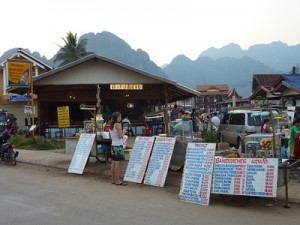 Notes on Vang Vieng: The one with all the Friends Bars