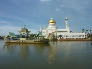 Omar Ali Saifuddin Mosque, Bandar Seri Begawan – Brunei