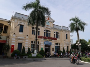 Hanoi to Haiphong by train